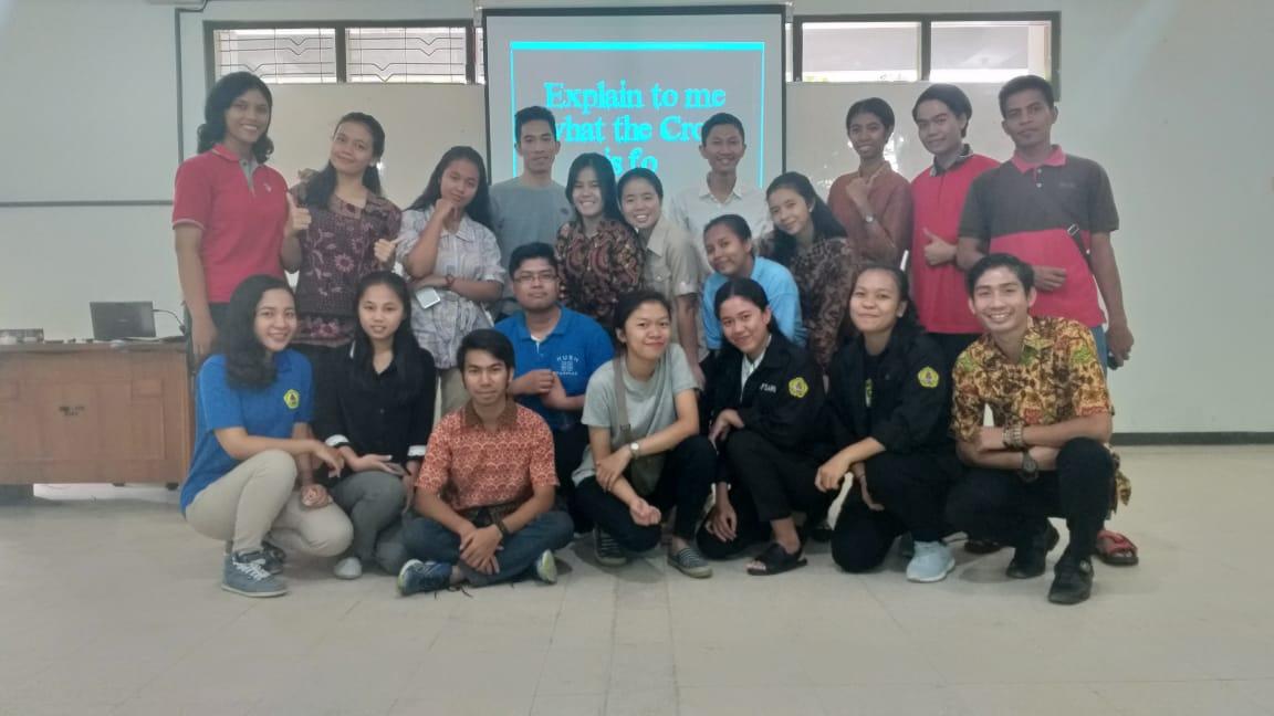 DEBAT DAN DISKUSI MAHASISWA STKIP WIDYA YUWANA Membangun Budaya Akademi: Diskusi Mencerahkan Budi dan Hati